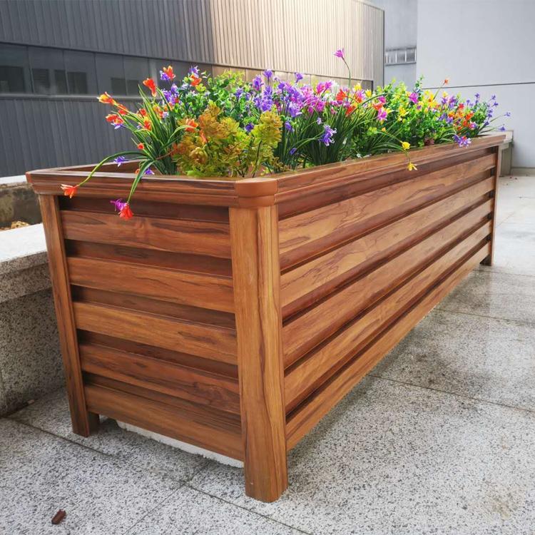 鋁合金花箱材质特点有哪些?选择木纹效果的原因